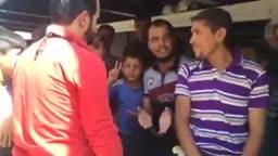 نازحي الانبار وهم يطالبون بالعودة لديارهم بعد ان استعادتها القوات الحكومية