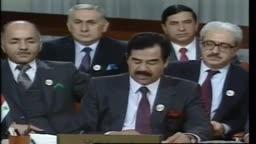 صدام رحمه الله  وهو يحذر الخليج العربي من خطر المصالح الامريكية