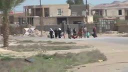 نزوح للمدنيين من مناطق المعارك